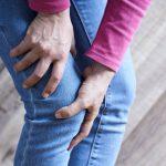 膝や腰の痛みは、肌の老化のサイン!